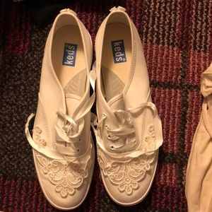 White canvas lace decal Keds